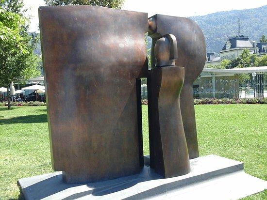 Bregenz, Austria: ansicht der skulptur von vorne....