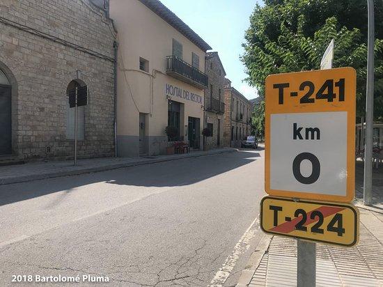 Vallfogona de Riucorb, สเปน: Al fondo la entrada