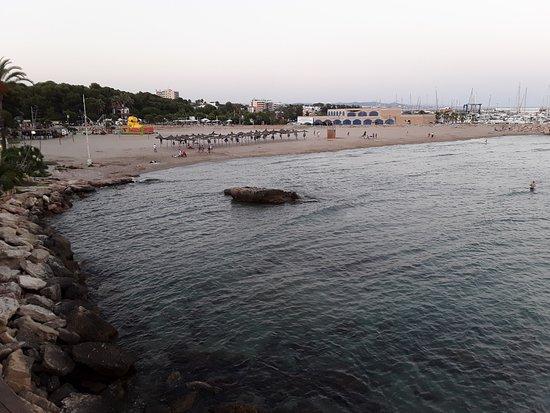 Roda de Bara, Spain: Plano General de la Playa