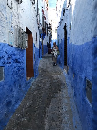 Schlepping up to Dar Meziana, Chefchaouen, Morocco