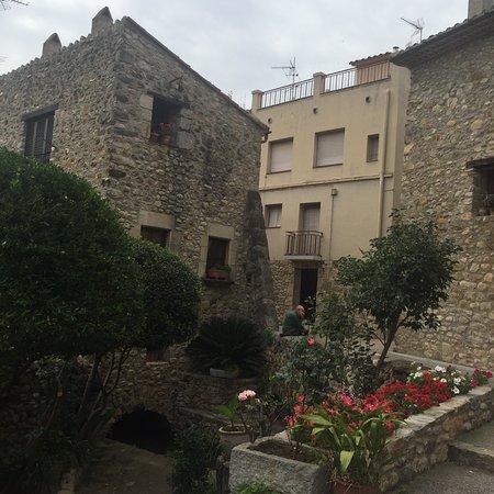Sant Llorenc de la Muga, إسبانيا: photo5.jpg