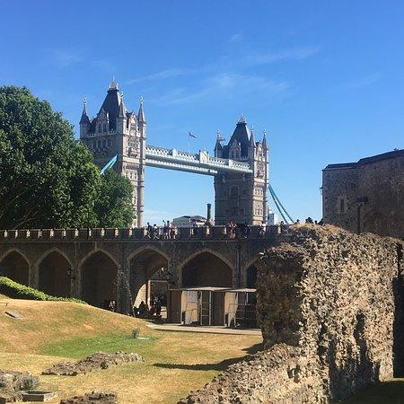 Tower of London: photo3.jpg