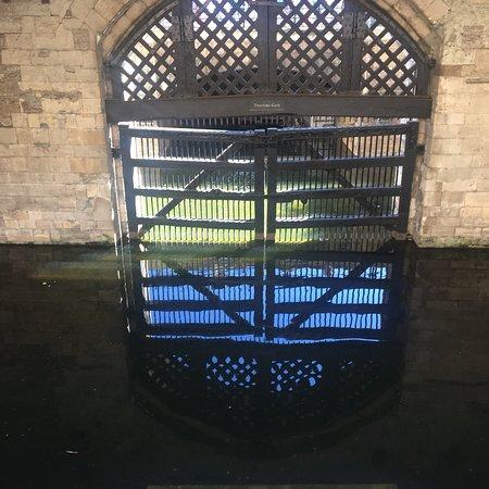 Tower of London: photo4.jpg