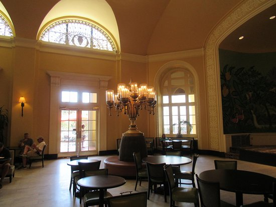Hot Springs National Park: Arlington Hotel lobby was beautiful!
