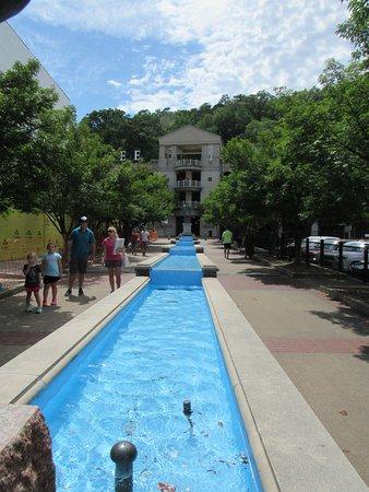 Hot Springs National Park: Beautiful fountain