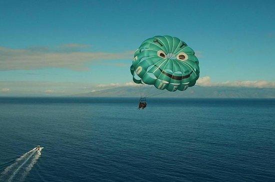 Experiencia de Parasailing en Maui