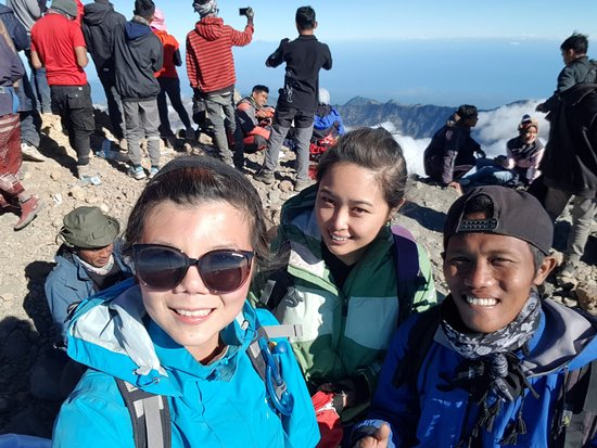 Senaru, อินโดนีเซีย: The highest peak of Mt.Rinjani (Summit) sunrise time