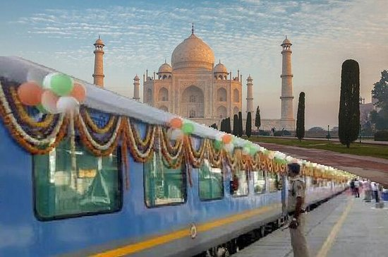 Excursión de un día a Taj Mahal con...