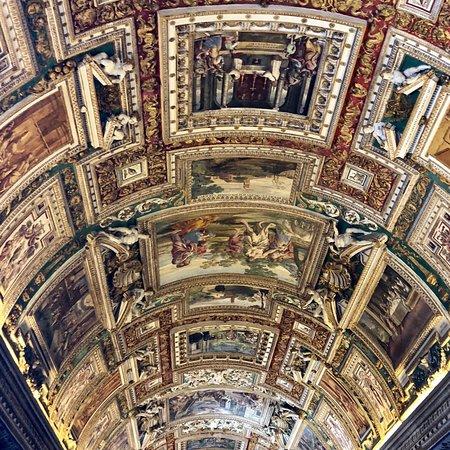 Sistine Chapel: photo4.jpg