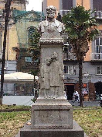 Monumento a Domenico Martuscelli