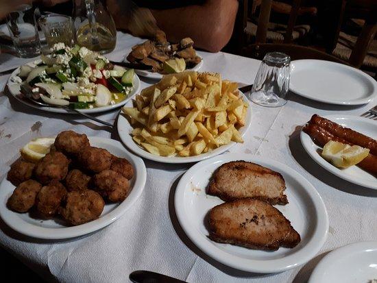 Kasteli, Greece: Food