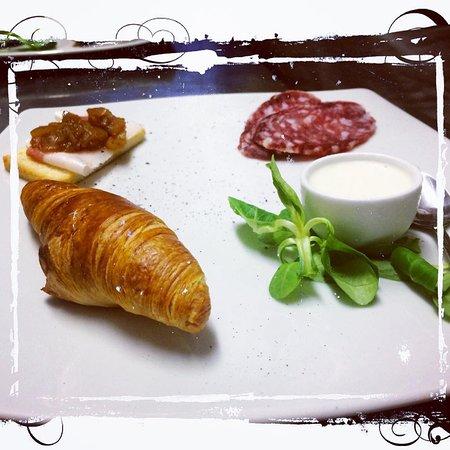 Gambolo, Italia: Contrasto tra Dolce e Salato