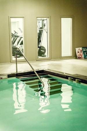 Ho Spa Mulhouse: Espace piscine