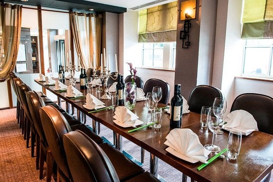 Crowne Plaza London - The City: Chinese Cricket Club Restaurant semi private area
