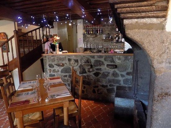 Auberge Le Cantou: restaurant typique et agrable