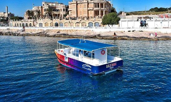 Ta' Xbiex, Malta: Catamaran