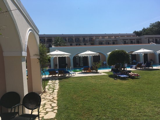 Roda Beach Resort & Spa-bild