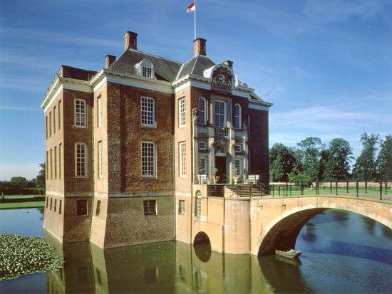 Schloss und Garten Middachten