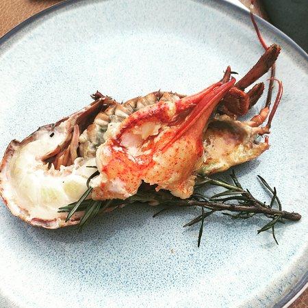 Vilvoorde, Belgien: lobster prepared on BBQ