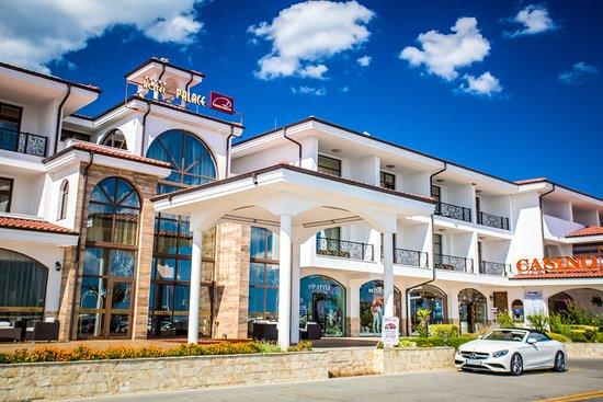 팰리스-마리나 디네비 호텔