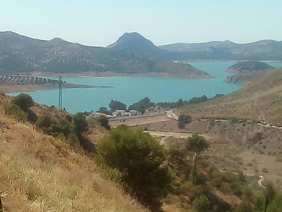 Andalucian Laketours: View from the village of the lake
