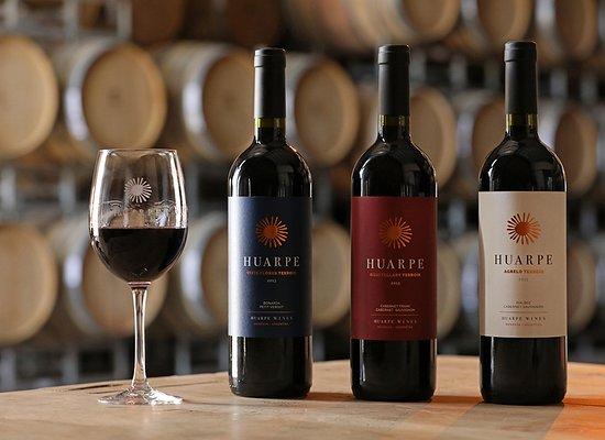 """Agrelo, Argentyna: Linea Huarpe """"Terroir Series"""" de 3 de las mejores zonas vitivinícolas de Mendoza. Muy recomendab"""