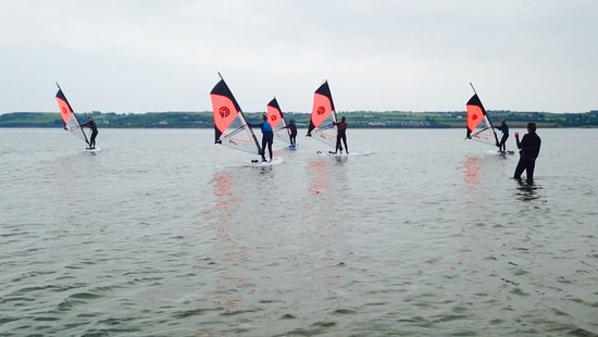 Youghal, Irlanda: Students on the water