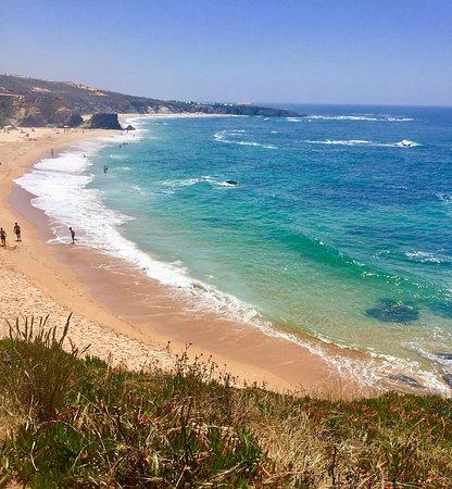 Almograve, Portugal: O areal da praia de Almogrve