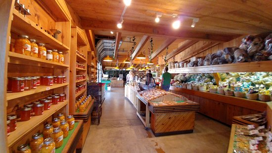 Vineland, Καναδάς: canned and fresh fruits and vegetables.