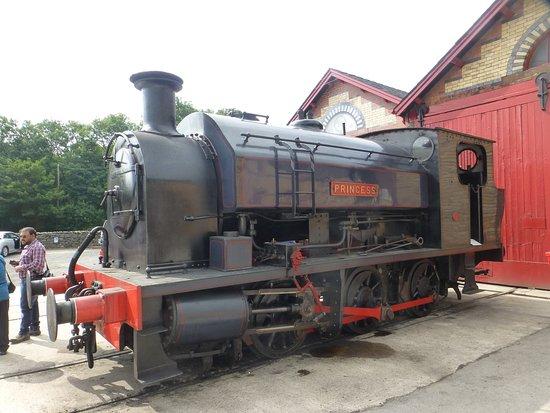 Haverthwaite, UK: in the railway yard