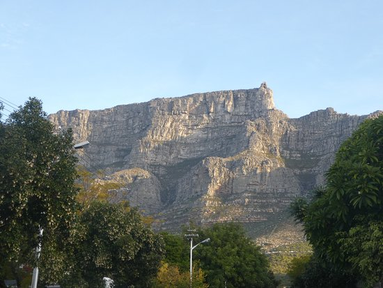 Four Rosmead: view of Table Mountain