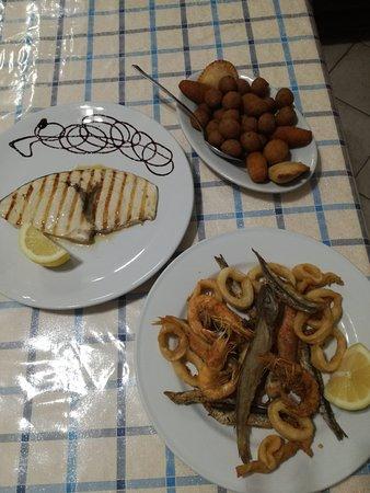 Lendinuso, Italy: Semplici, ma di alta qualità :-)