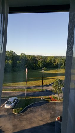Englewood, OH: room view