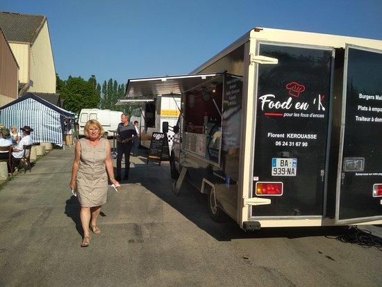 Saint-Onen-la-Chapelle, Francia: Food En K