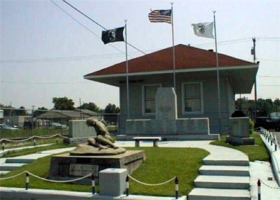 West Frankfort, IL: veterans_building_large.jpg