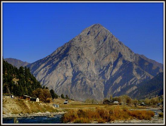 Bandipur, India: Gurez Retreat . For accomodation in Gurez call 9419003183