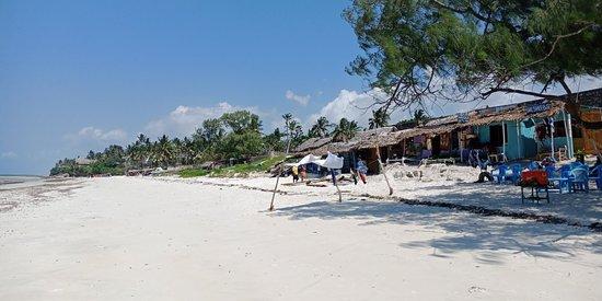 Nyali Beach: IMG20180717114031_large.jpg
