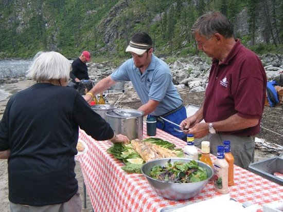 Salmon River Rafting: Lunch on the Salmon River