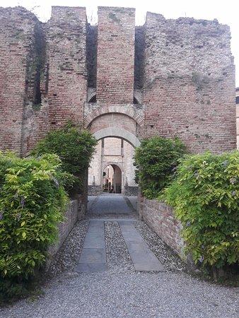 Montechiarugolo, Italy: Rivellino.