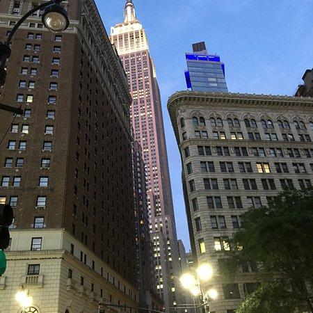 Empire State Building: photo1.jpg