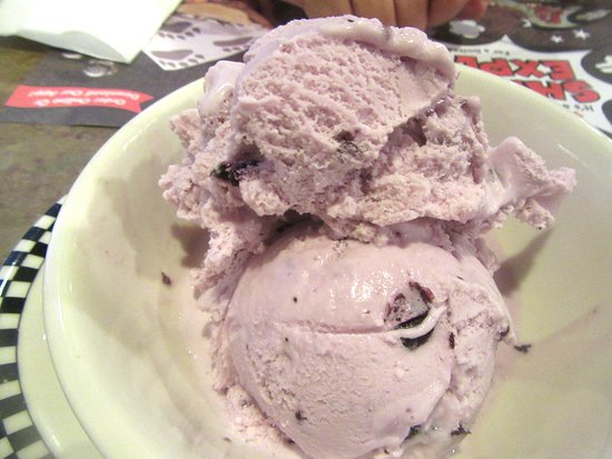 Huckleberry Ice Cream Black Bear Diner Milpitas Ca Picture Of