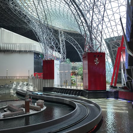 Ferrari World Abu Dhabi: photo2.jpg