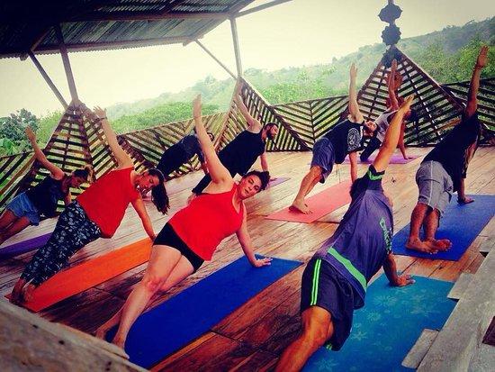 Canoa, Ecuador: Yoga class