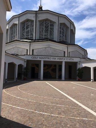 Chiesa Gesu' Maestro