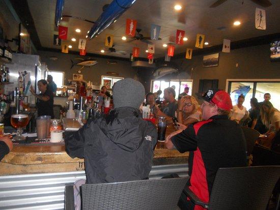 Umekes Fishmarket Bar & Grill: the bar