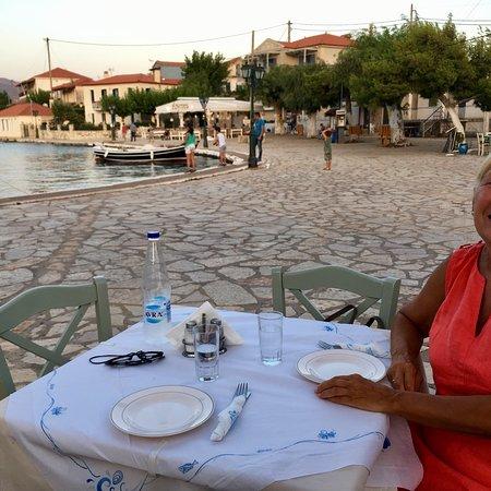 Trizonia, Grécia: photo0.jpg