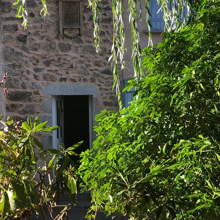 Ambierle, Γαλλία: photo1.jpg