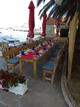 Sucuraj, Croatia: Riblji Restoran Vlaka