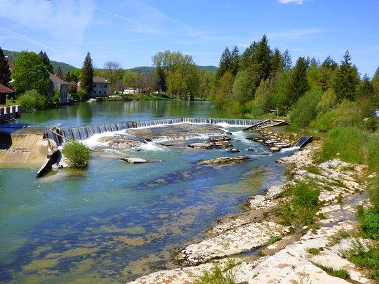 Les Marmites De Pont De Poitte
