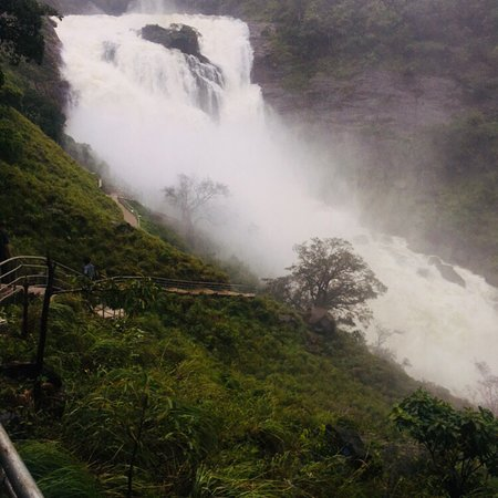 Mallalli Falls: Best view in the monsoons